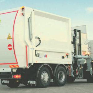 Compactador de residuos de carga lateral