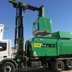 Compactador de residuos de carga bilateral