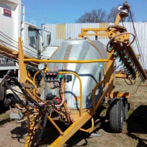 Pulverizador de arrastre Usado – INT 812
